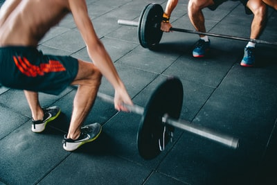 What does it mean to crunch fitness?
